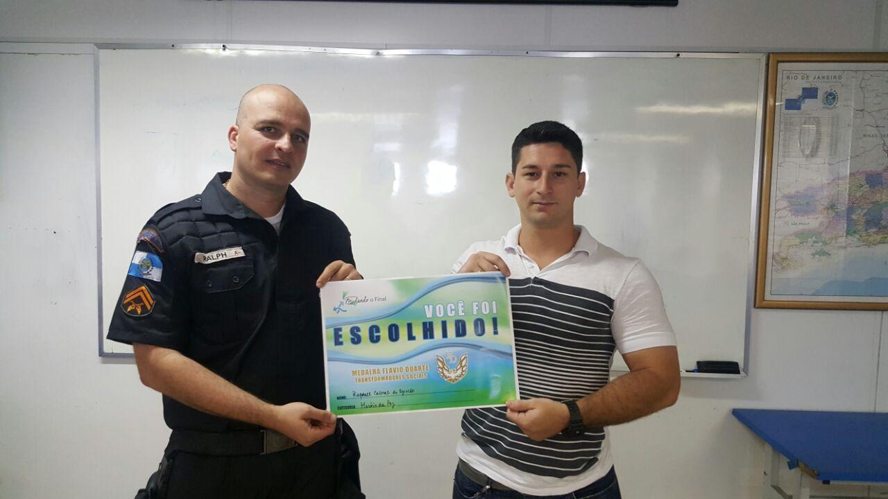 Medalha Flávio Duarte deste ano homenageará policiais mortos e feridos em serviço
