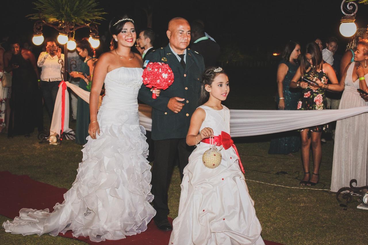 Projeto Felizes Para Sempre - o casamento do mês de outubro