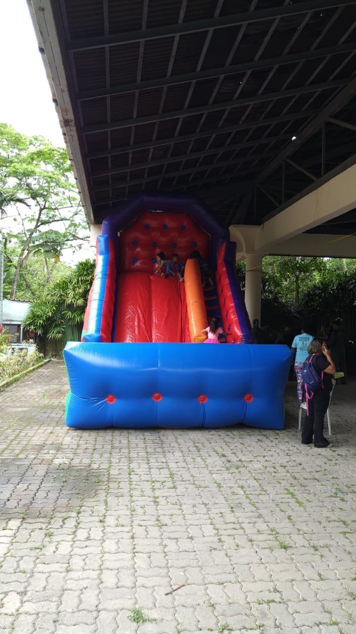 Natal Azul Inclusivo - uma Pool Party de dia inteiro - inscreva-se para participar